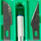 Art Knife with Spare Blades (7-Piece Set)