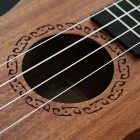 "Mini portátil de 21 ""4-String Ukulele - Madera color"