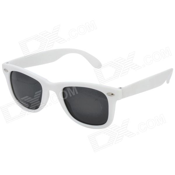 Fashion Vintage Wood Grain Polarized Resin Lens Sunglasses - White