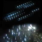 8-Tube 8 x 30 LED Vit Meteor Rain Light för Tree Decoration (100 ~ 240V)
