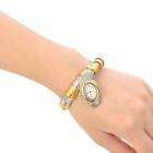 Snake Style Zinc Alloy Band Quartz Analog Waterproof Wrist Watch - Silver + Golden (1 x 626)