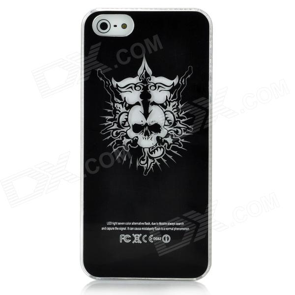 Crown skalle mönster blinkande skyddande ABS Back Case för Iphone 5 - svart + vit (1 x CR2016)