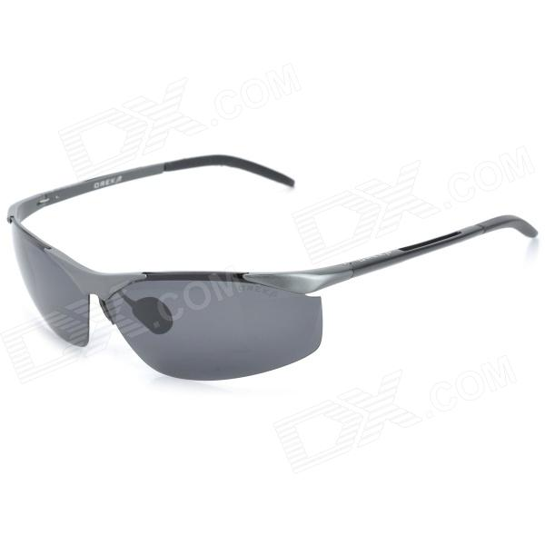 OREKA 6105 Cool UV400 Protection Resin Lens Polarized Sunglasses - GreySunglasses<br>Brand OREKA Model 6105 Qty 1 Gender Men Suitable for Adults Frame Color Grey Lens Color Grey Frame Material Aluminium magnesium alloy Lens Material Resin Frame Height 4 cm Lens Width 7.2 cm Overall Width of Frame 14 cm Bridge Width 0.8 cm Other Features UV400 protection polarized lens eliminate reflective light; Good for driver and outdoor fishing use Packing List 1 x Sunglasses 1 x Case 1 x Cleaning cloth<br>