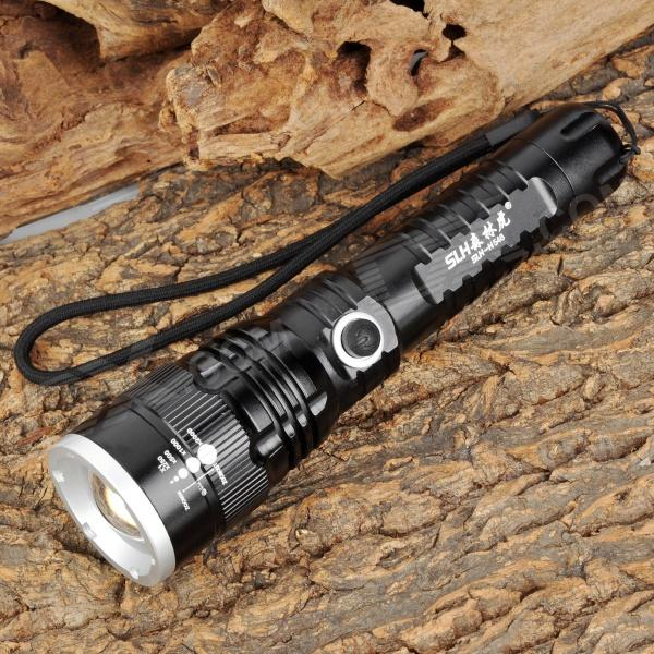 Forest Tiger SLH-H546 100lm 3-Mode White Zooming Flashlight w/ Cree XP-E Q5 - Black (1 x 18650)