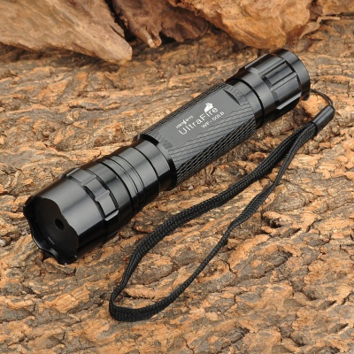 UltraFire WF-501B 5mW Green Laser Flashlight - Black (1 x 16430)