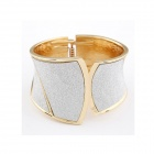 Euramerican Fahionbable Punk Style Metallic Sector Pattern Bangle Bracelet - Silver + Golden