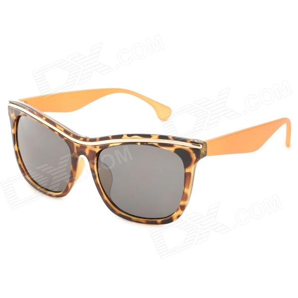 OREKA DY781 Stylish Hawksbill Pattern Frame UV400 Sunglasses - Brown + Yellow - DXSunglasses<br>Brand OREKA Model DY781 Quantity 1 Gender Unisex Suitable for Adults Protection A Frame Color Brown + yellow Lens Color Grey Frame Material Acetate Lens Material PC Lens Height 51 mm Lens Width 60 mm Bridge Distance 20 mm Overall Width of Frame 142 mm Temple Length 140 mm Packing List 1 x Sunglasses 1 x Case 1 x Cloth<br>