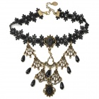 JL97 Stylish Retro Lace + Resin + Zinc Alloy Necklace - Black + Brass