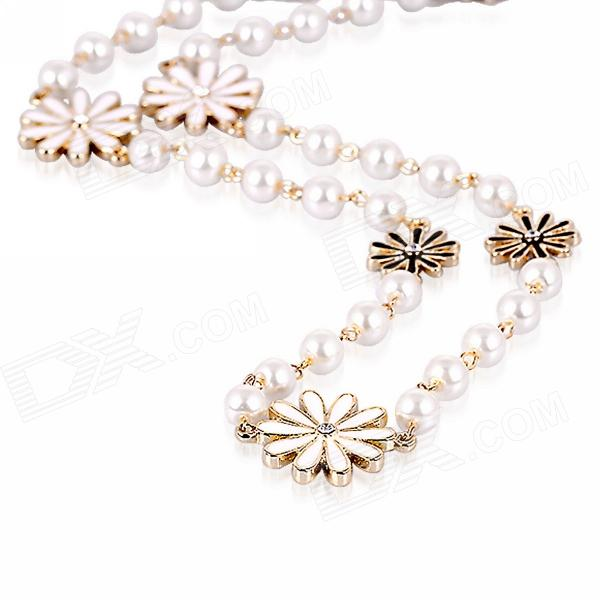 eQute POTW3 Elegant Daisy Flower Style Pearl Necklace - White equte xpew25c1 women s elegant luxurious pearl style rhinestones brooch white
