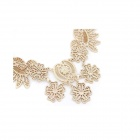 Fashionable Resplendent Flowers Pattern Necklace - Golden