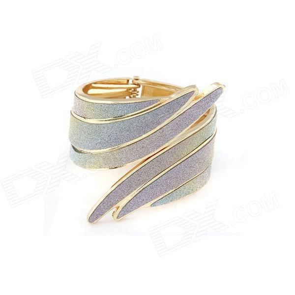 Punk Style Metallic Exaggerated Angle's Wing Bangle - Multicolored turbosound nuq82 black