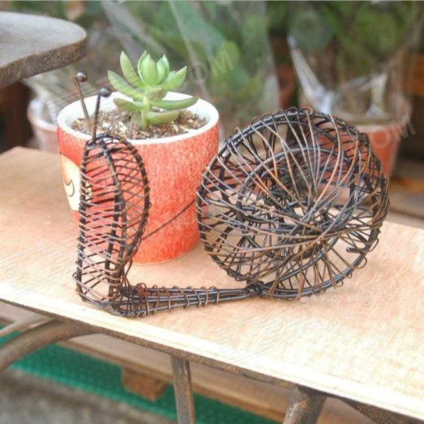 Retro & Beautiful Iron Art Snail Decorations for Balcony Table - Black + Bronze