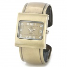 WJ1`202 Retro Women's Analog Quartz Bracelet Wrist Watch - Bronze