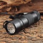 12-LED Cool White Flashlight - Black (3 x AAA)