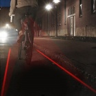 CYCLIFE plein air vélo vélo USB 5-6-Mode Intelligent détection queue feu de freinage LED w / Laser - rouge