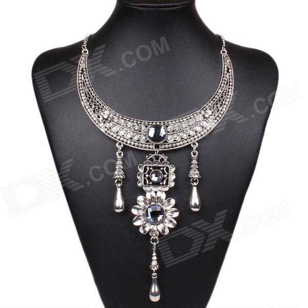 Fashionable Womens Vintage Bohemian Style  Necklace - SilverNecklaces<br>This section uses a necklace antique silver plated alloy material outside packed a few glass diamond embellishment. Bohemian retro style can be used for decoration can also be used with clothes. Highlights fashion beautiful temperament.<br>