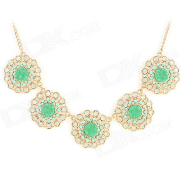 Fashionable Flower Shaped Zinc Alloy Pendant Necklace for Women - Golden + Green elegant crystal drill zinc alloy chain pendant necklace for women golden translucent white