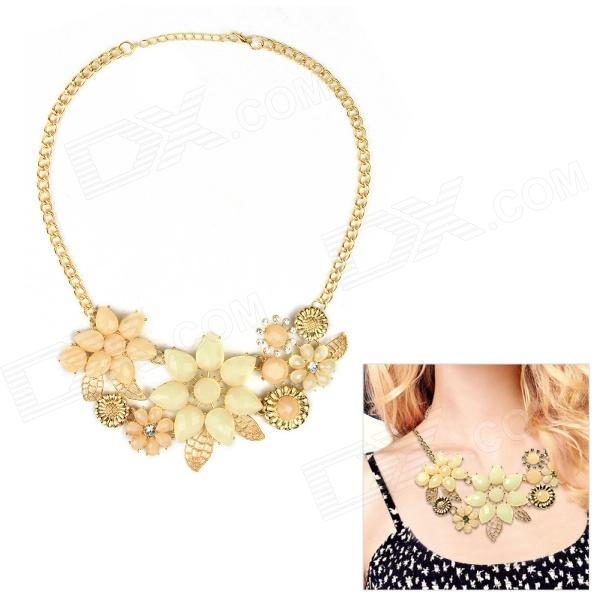 eQute Women's Fashionable Exaggerated Flower Style Pendant Necklace - Golden equte vintage golden flower pendant artificial pearl necklace white golden