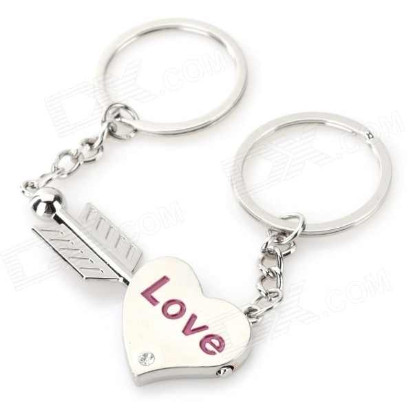 An Arrow Through a Heart Style Lovers' Zinc Alloy Keychains - Silver + Purple (Pair) lovers playing golf zinc alloy keychains silver pair
