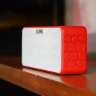 SLANG BS01 hi-fi bas bluetooth speaker w / nfc, TF, AUX - wit + rood
