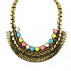 Women's Retro Crystals Decorated Chunky Pendant Necklace - Golden