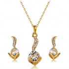 Women's Lovely Cat Crystals Inlaid Pendant Necklace - Golden