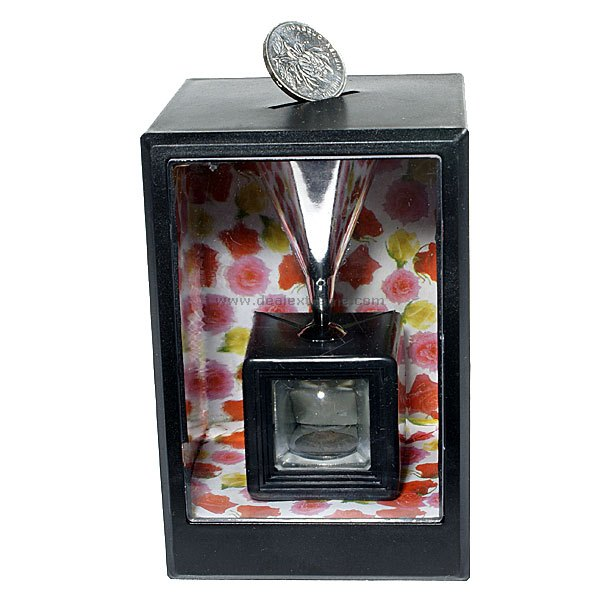 Magical Money Compressing Coin Bank - Free Shipping - DealExtreme