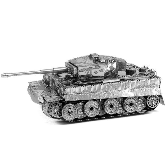 Creative 3D Laser Cute Models Tiger I Tank Nano Puzzle - SilverBlocks &amp; Jigsaw Toys<br>Form ColorSilverMaterialMetalQuantity1 DX.PCM.Model.AttributeModel.UnitNumber2Size8.5cm x 4.8cm x 2.8cmSuitable Age 8-11 years,12-15 years,Grown upsPacking List1 x Metal Model (2PCS/Set)1 x English user manual<br>