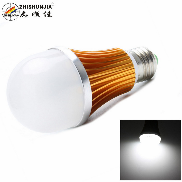 ZHISHUNJIA E27 12W Cold White 1000lm SMD 5630 LED Globe BulbE27<br>Form  ColorGolden + Silver + Multi-ColoredColor BINCold WhiteModelE27G12WMaterialAluminium alloyQuantity1 DX.PCM.Model.AttributeModel.UnitPower12WRated VoltageAC 85-265 DX.PCM.Model.AttributeModel.UnitConnector TypeE27Chip Type5630 SMDEmitter TypeLEDTotal Emitters24Theoretical Lumens1080 DX.PCM.Model.AttributeModel.UnitActual Lumens1000 DX.PCM.Model.AttributeModel.UnitColor Temperature6500KDimmableNoBeam Angle180 DX.PCM.Model.AttributeModel.UnitPacking List1 x Light bulb<br>