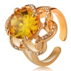 Women's Circular Flower Pattern Crystal Finger Ring - Gold