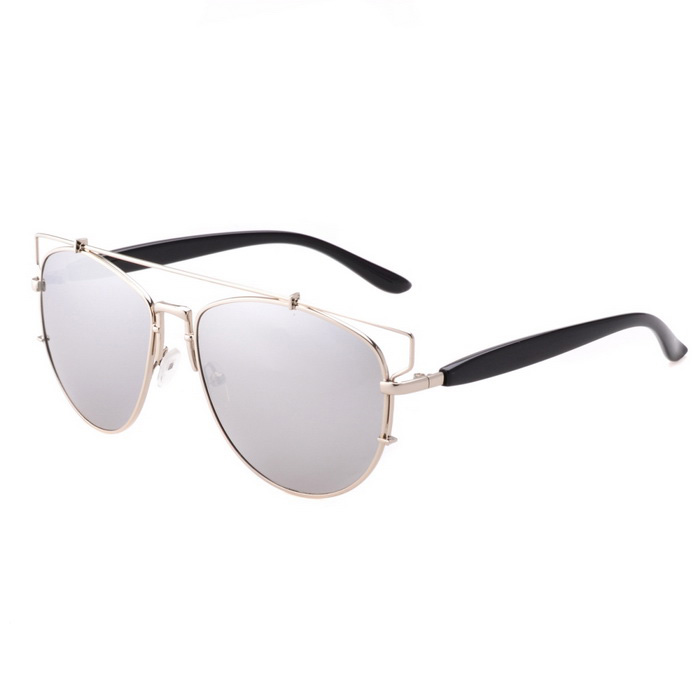 SENLAN UV400 Protection Fashion Metal Frame PC Sunglasses - SilverSunglasses<br>Frame ColorSilverLens ColorChrome SilverModel3436Quantity1 PieceShade Of ColorSilverFrame MaterialMetal + PCLens MaterialPCProtectionUV400GenderUnisexSuitable forAdultsFrame Height5.2 cmLens Width6 cmBridge Width1.6 cmOverall Width of Frame14.5 cmPacking List1 x Glasses1 x Clean cloth1 x Spectacle case<br>