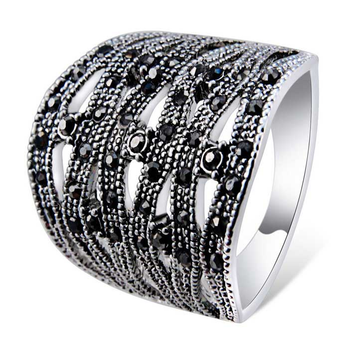 Xinguang Water Wave Pattern Crystal Ring - Silver (US Size 8)