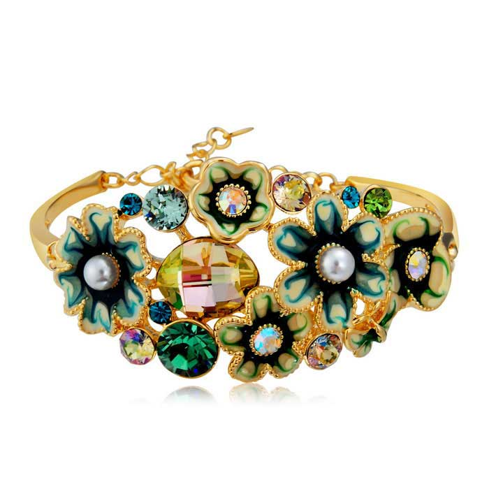 Xinguang Women's Green Flowers Style Pearls Inlaid Bracelet - Golden