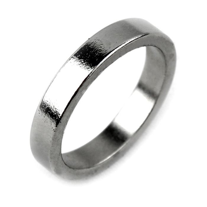 Magic Props Smooth Silver Magnetic Ring - Silvery White