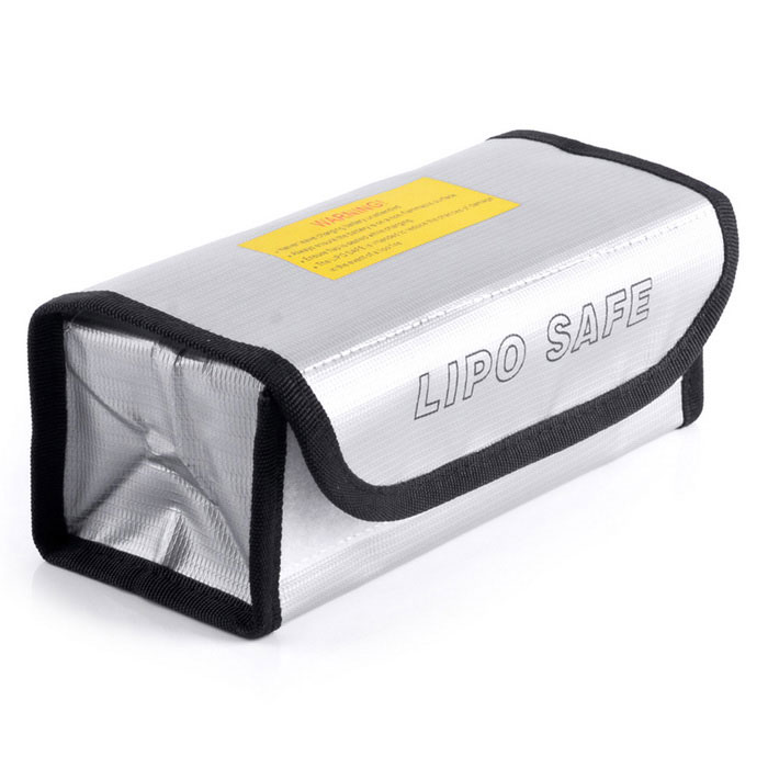 Muiltifunction Lipo Battery Explosion-proof 185*75*60mm Bag - SilverOther Accessories for R/C Toys<br>Form ColorSilverMaterialPEQuantity1 DX.PCM.Model.AttributeModel.UnitCompatible ModelLiPo Battery ChargingPacking List1*Lipo Battery Explosion-proof Bag<br>