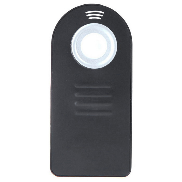IR Wireless Infrared Shutter Remote Control for Nikon Series - BlackCamera Remotes<br>Form ColorBlackMaterialABSQuantity1 DX.PCM.Model.AttributeModel.UnitEffective Distance10 DX.PCM.Model.AttributeModel.UnitWired/WirelessWirelessBattery ModelOthers,CR2025Battery included or notNoPacking List1*IR Wireless Remote Control<br>