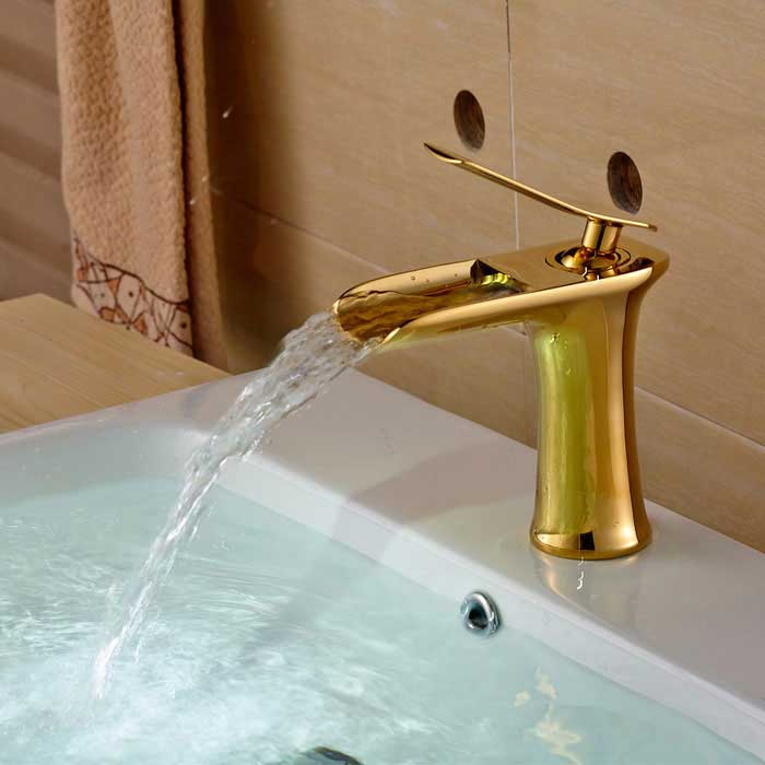 Modern Style Single Handle Single Hole Bathroom Sink Faucet - GoldenBath Faucets<br>Form  ColorGoldenModelYDL-F-0661MaterialBrass + Zinc AlloyQuantity1 DX.PCM.Model.AttributeModel.UnitFinishRose GoldFaucet Spout MaterialBrassFaucet Body MaterialBrassFaucet Handle MaterialZinc AlloyStyleContemporaryOther Features- Installation type: Center set;<br>- With single hole;<br>- One switch and ceramic valve; <br>- Support cold / hot water switch; <br>- Standard 1/2 thread;<br>- Water outlet length: 11.5cm;<br>- Spout width: 6cm;<br>- Water outlet height: 12cm.Packing List1 * Faucet 2 * Stainless steel hoses (50cm) 2 * Seal rings 1 * Mounting nut<br>