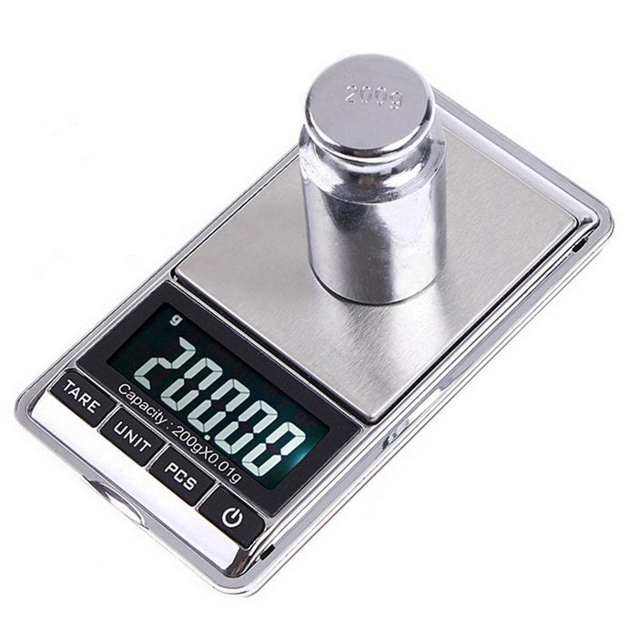 2.5 Screen Mini Electronic Scale - Silver (0.01g / 200g)Digital Scales<br>Form  ColorSilverModelN/AQuantity1 DX.PCM.Model.AttributeModel.UnitMaterialABS + metalTypeJewelry ScaleScreen Size2.5 inchesMax. Weight200gMin. Weight0.01gUnitg,ct,oz,dwt,gnDivision0.01gAuto Power OffYesPowered ByAAA BatteryBattery Number2Battery included or notNoPacking List1 * Digital Scale1 * Carrying Pouch1 * User Manual(English)<br>