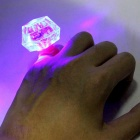 Flash RGB grande diamante estilo 3-LED anel de luz - prata + transparente