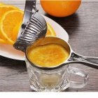MAIKOU Household Manual Fruit Juicer for Lemon - Silver
