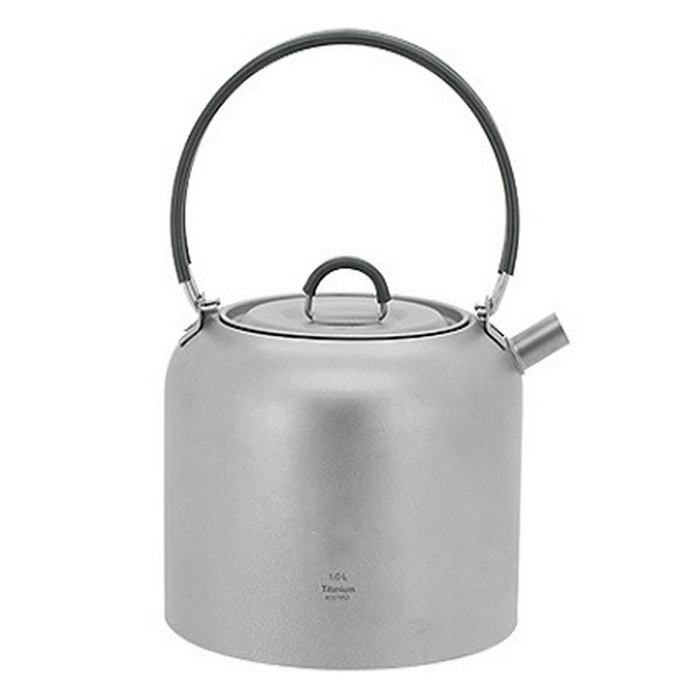 Ultralight Titanium Kettle Camping Water Kettle Tea Pot (1.5L)Form  ColorSilver GreyModelTI3907Quantity1 DX.PCM.Model.AttributeModel.UnitMaterialTitaniumBest UseFamily &amp; car camping,CampingCapacity1500 DX.PCM.Model.AttributeModel.UnitTypeCups &amp; MugsPacking List1 * Titanium teapot<br>