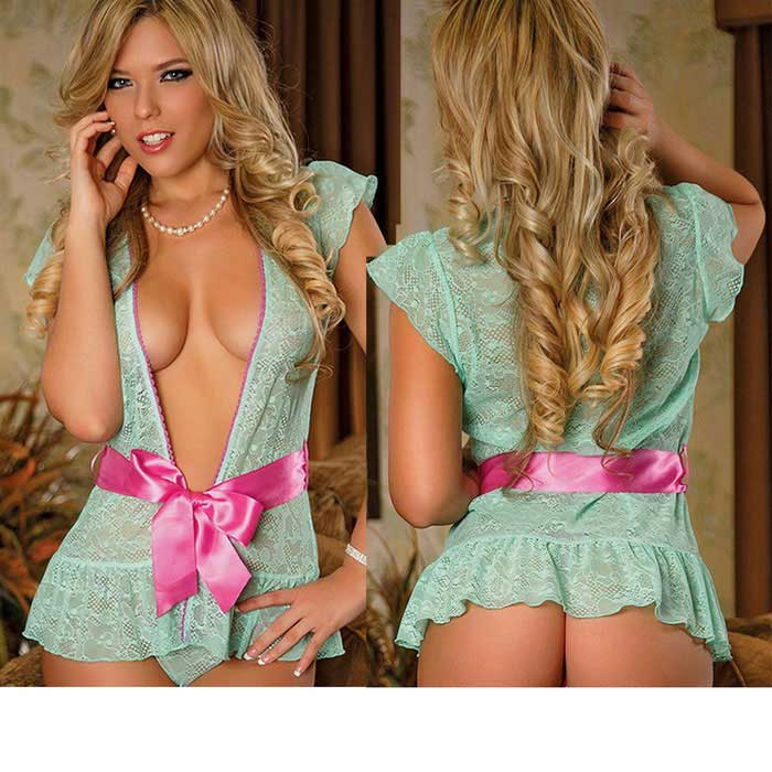 Europe / America Style Lace Bowknot Sexy Pajamas Top - Light GreenSexy Lingerie<br>Form  ColorLight Green + PinkSizeFree SizeQuantity1 DX.PCM.Model.AttributeModel.UnitShade Of ColorGreenMaterialLaceStyleLace LingerieShoulder Width0 DX.PCM.Model.AttributeModel.UnitChest Girth88~98 DX.PCM.Model.AttributeModel.UnitTotal Length45 DX.PCM.Model.AttributeModel.UnitPacking List1 * Pajamas1 * Underwear<br>