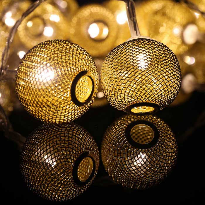 7.64ft LED Warm White 20-LED and Spun Gold Ball Twinkle Light String - Free Shipping - DealExtreme