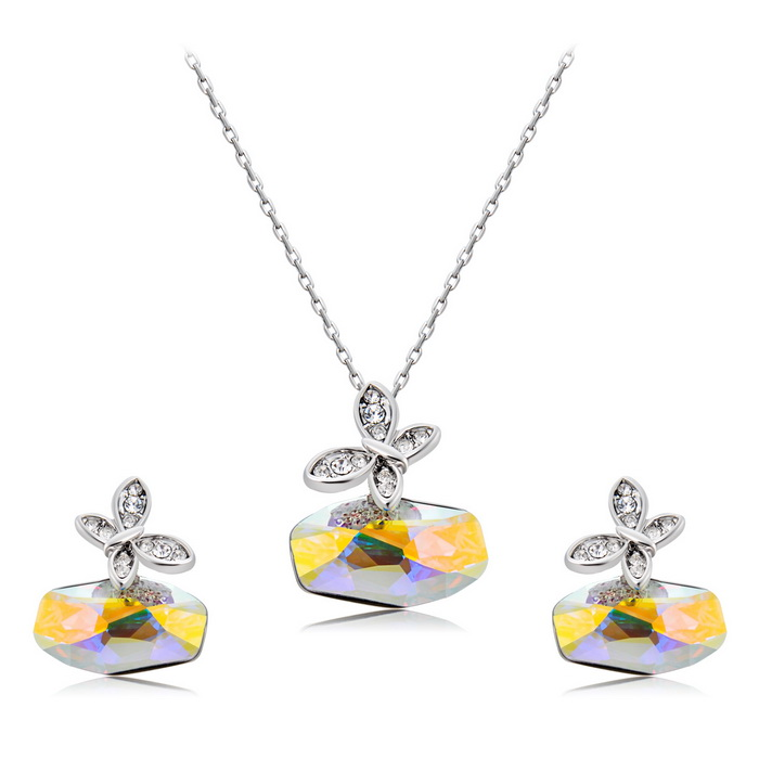 Xinguang Women's Butterfly Crystal Necklace Earrings - Silver