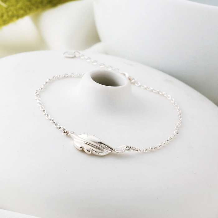 SILVERAGE Adjustable Sterling Silver Feather Style Bracelet - Silver