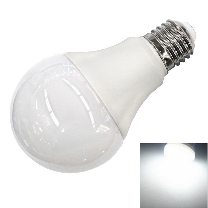 E27 12W 1100LM 6500K Cold White Light 40-2835 SMD 270° Wide-Angle Bulb