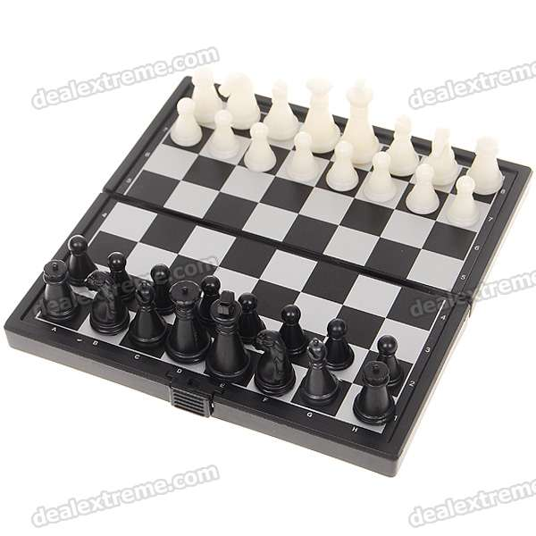 Portable Mini Magnetic Chess Game Set in Folding Box - Black + White
