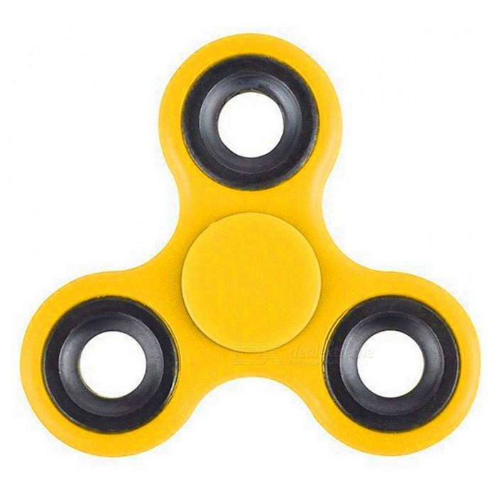 Mr.northjoe Tri-Spinner Fidget Toy EDC Hand Spinner - YellowFinger Toys<br>Form  ColorYellowMaterialPlasticQuantity1 pieceSuitable Age 3-4 years,5-7 years,8-11 years,12-15 years,Grown upsPacking List1 x Spinner<br>