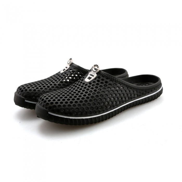 2233 Summer Anti-Slip Slippers with Holes for Men - Black (Size 42)