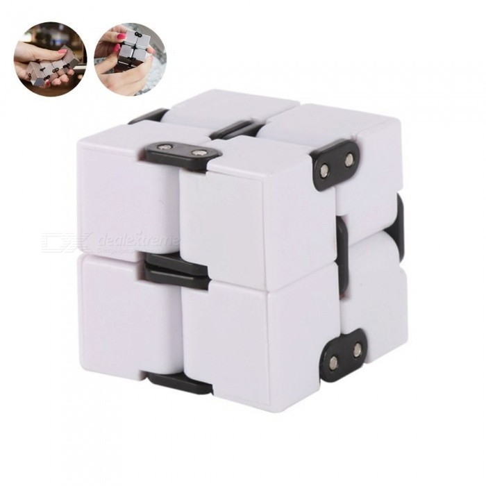 SPO 2x2x2 Block Infinite Magic Rubiks Cube - WhiteMagic IQ Cubes<br>Form  ColorWhiteMaterialPlasticQuantity1 pieceTypeOthers,2x2x2Suitable Age 8-11 years,12-15 years,Grown upsPacking List1 x Infinite cube<br>